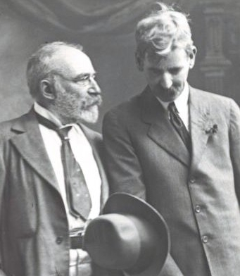 J.F. Archibald (left) journalist and founder of Bulletin Magazine chats with Henry Lawson