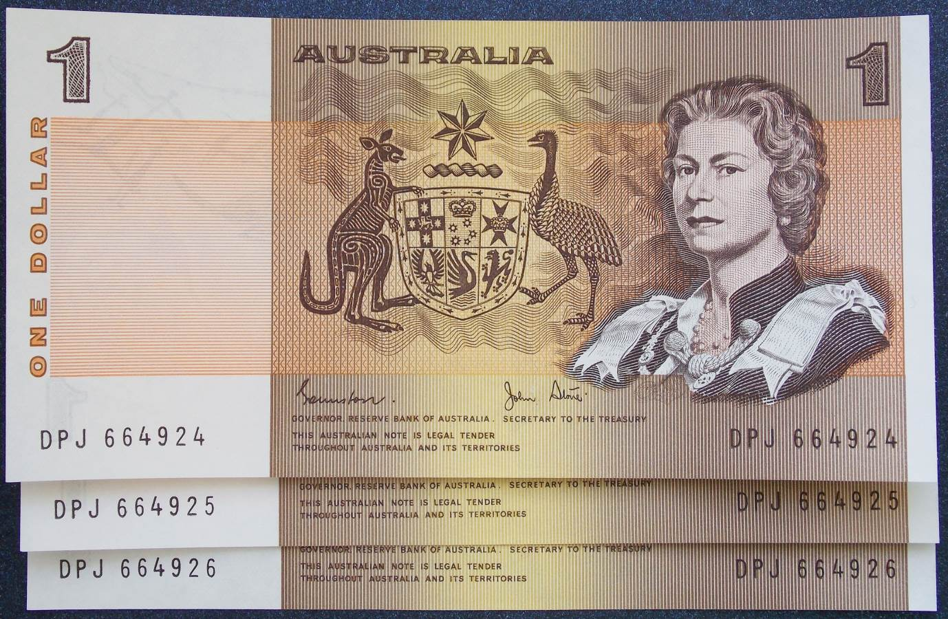 1982 Australia One Dollar Note - DPJ x 3