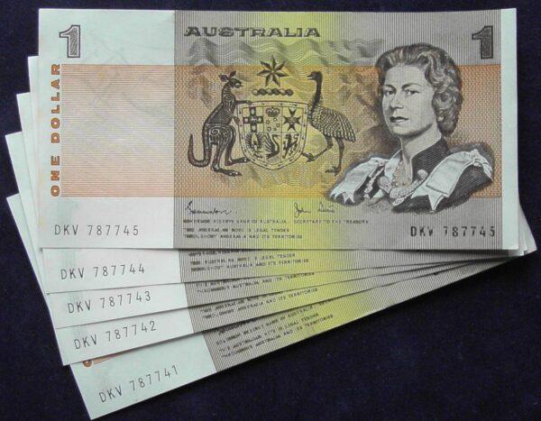1982 Australia One Dollar Note X 5 - DKV   B