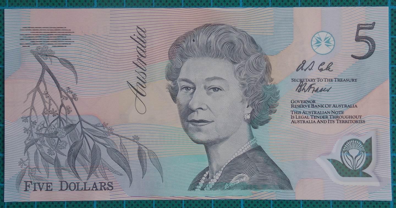 1992 Australia Five Dollars Polymer - AA01 - Pale green serial